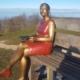 Dame im roten Kleid
